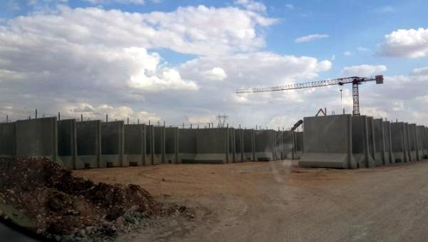 Mauerbau der Türkei gegen Rojava